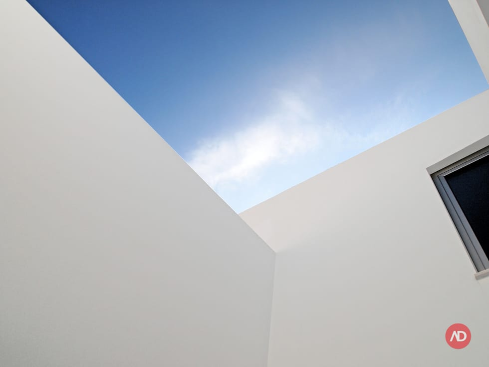 Moradias Unifamiliares: Casas modernas por ARCHDESIGN | LX
