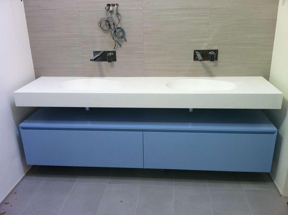 Idee arredamento casa interior design homify for Cassettiera bagno design