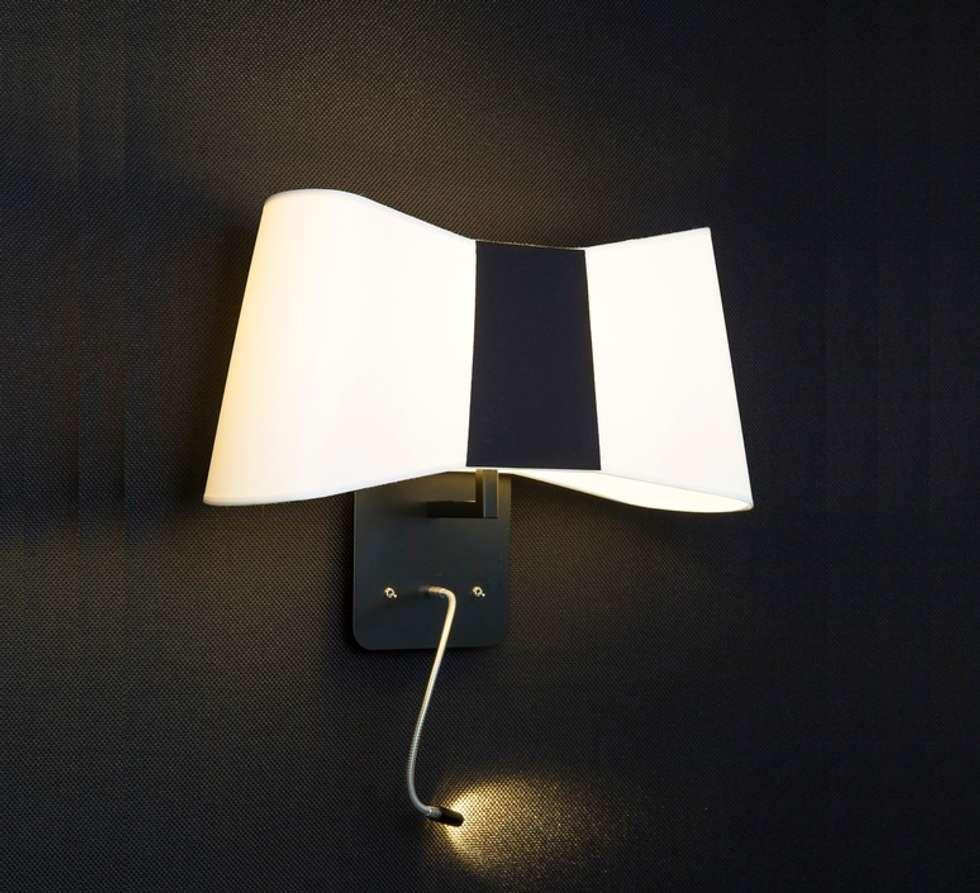 APPLIQUE MURALE, LED, LISEUSE, GRAND COUTURE, BLANC, NOIR, H38CM - DESIGNHEURE: Bureaux de style  par NEDGIS
