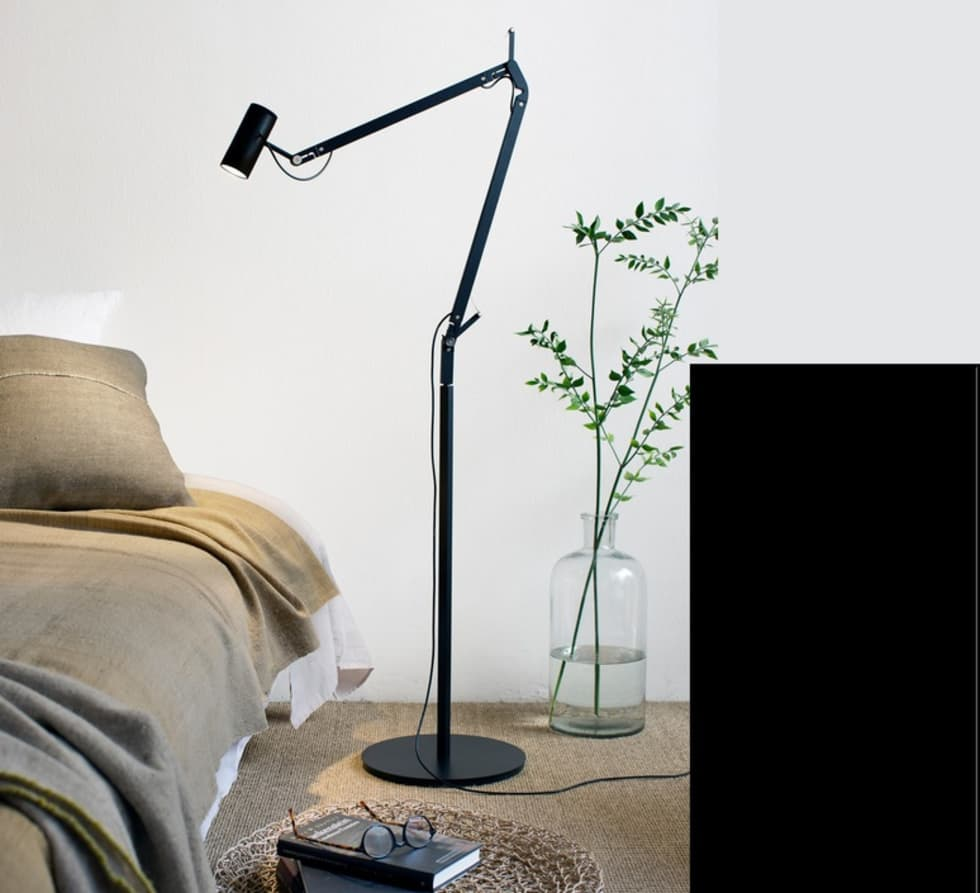 LAMPADAIRE D'ARCHITECTE, POLO, NOIR, LED, H120CM - MARSET: Bureaux de style  par NEDGIS