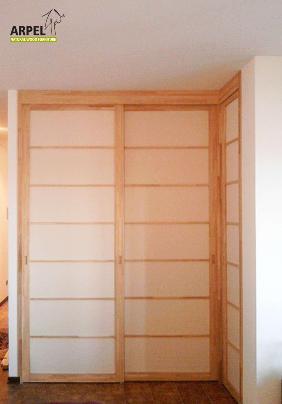 Cabina armadio non calpestabile ad angolo: Soggiorno in stile in stile Asiatico di Arpel