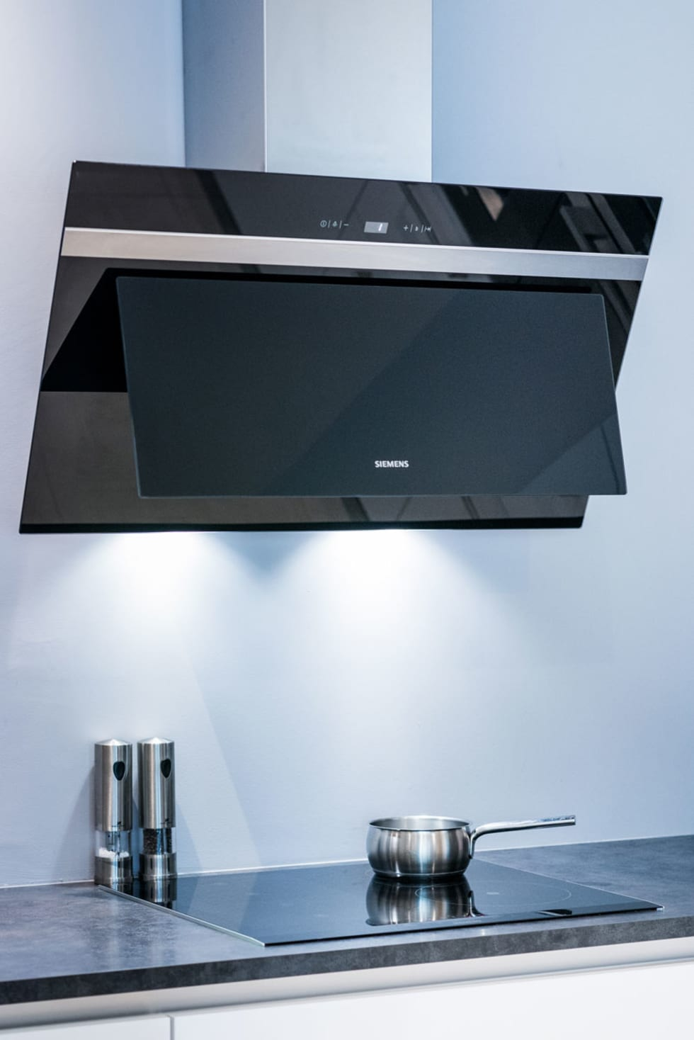 Id es de design d 39 int rieur et photos de r novation homify for Cuisine siemens