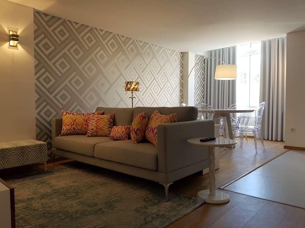 Perspectiva Sala Comum: Salas de estar modernas por Alma Braguesa Furniture