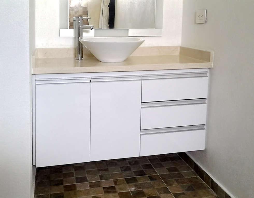 Muebles para lavamanos ba os de estilo moderno por - Tiradores modernos para muebles de bano ...