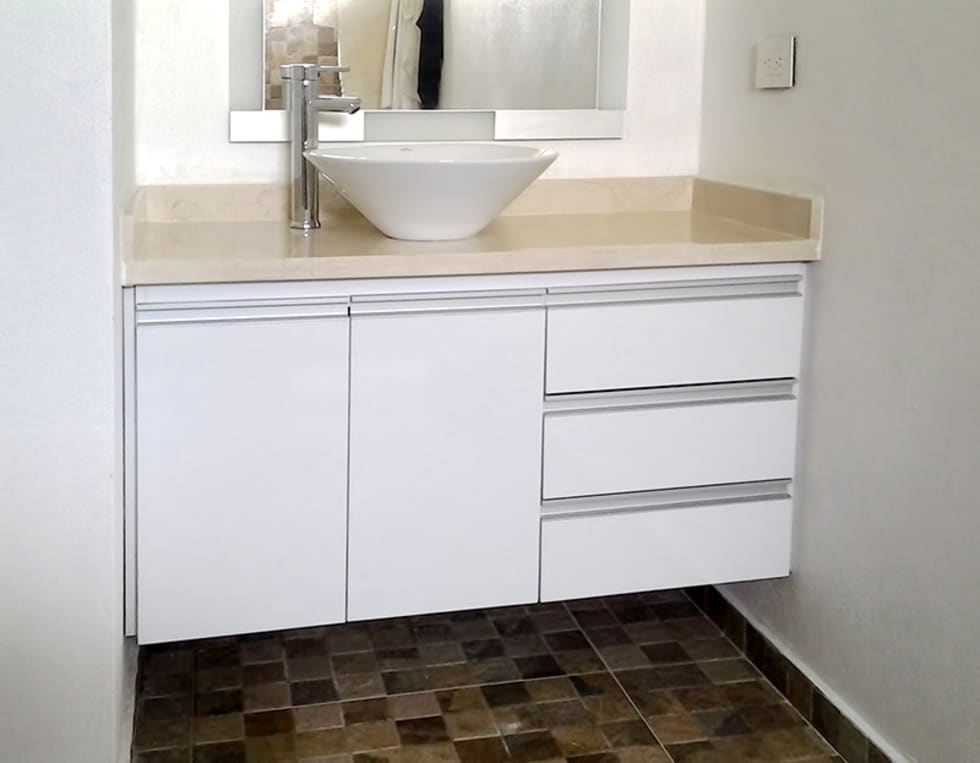 Muebles para lavamanos ba os de estilo moderno por for Muebles para decoracion de banos