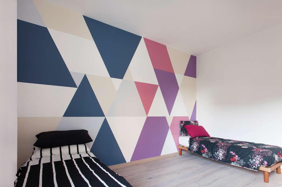RESTYLING APPARTAMENTO A VERONA: Camera da letto in stile in stile Moderno di moovdesign