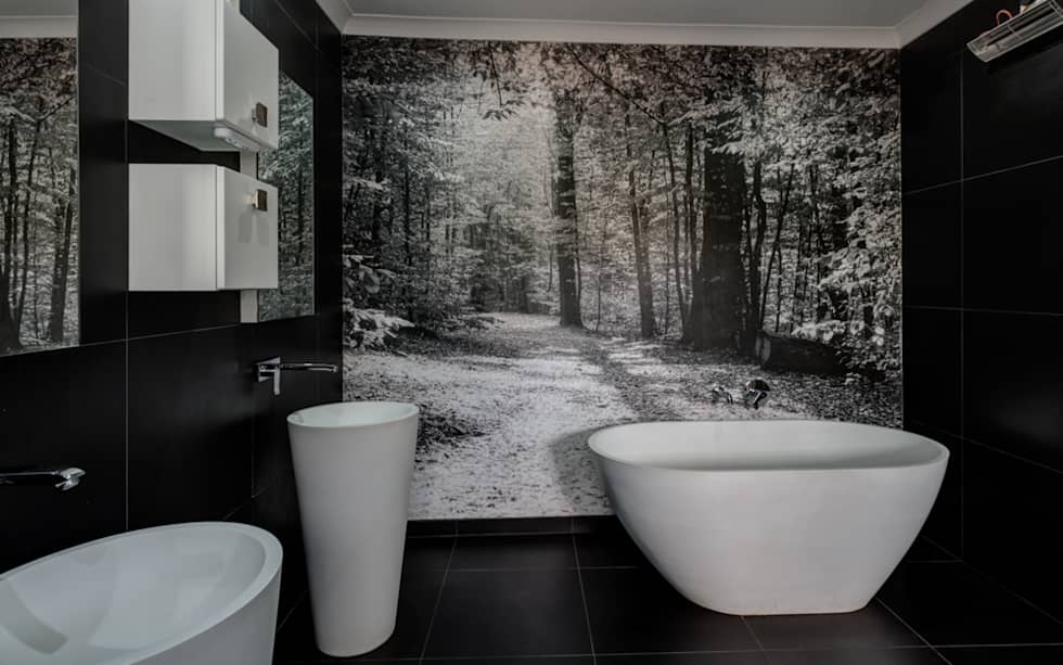 Main Bathroom: country Bathroom by OLIVEHILL Architects