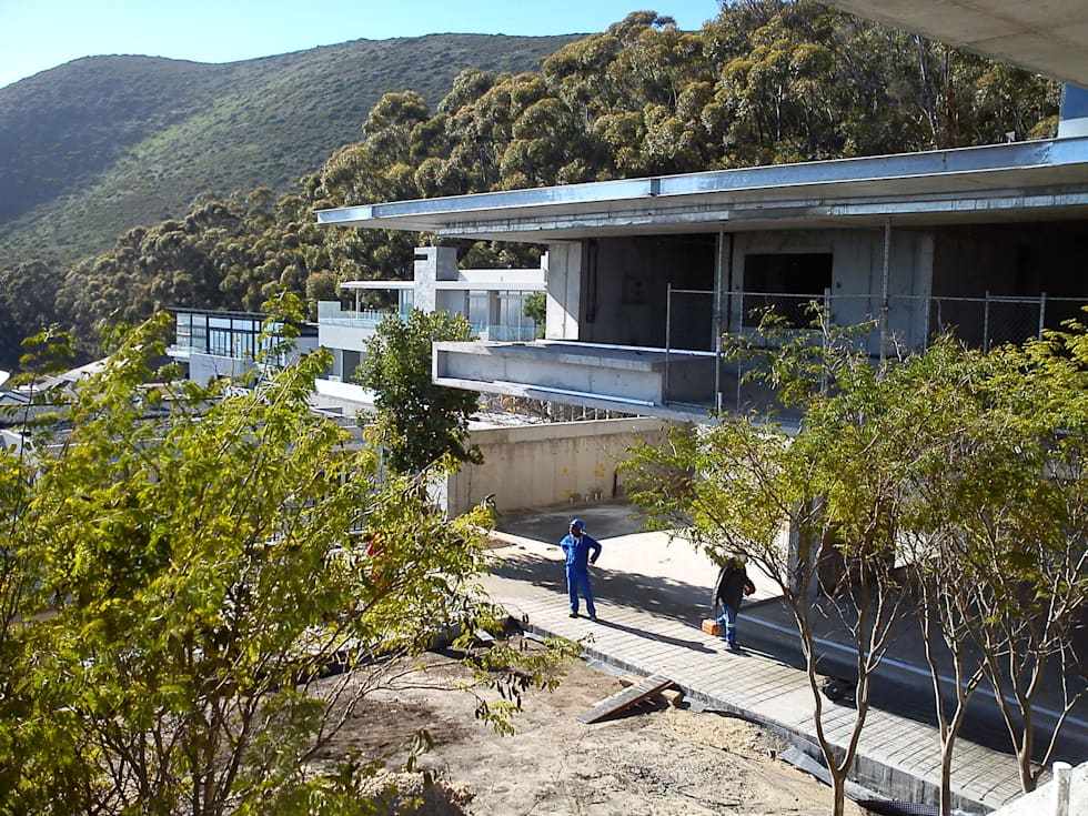 Building in Progress: modern Houses by Jenny Mills Architects
