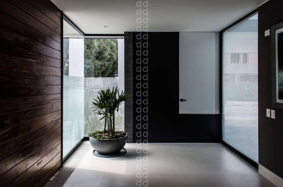 Ideas im genes y decoraci n de hogares homify - Decoracion de pasillos y recibidores ...