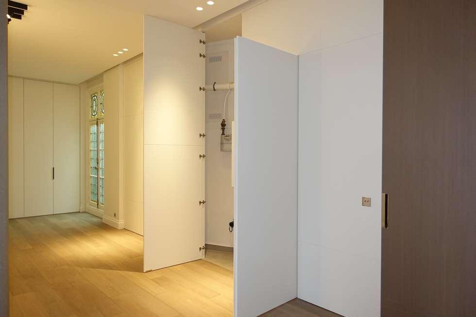 dressing entree couloir composition au coin patre et dressings tapis de couloir pour deco. Black Bedroom Furniture Sets. Home Design Ideas