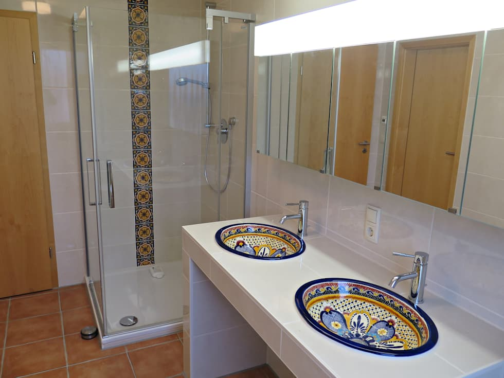 Schön Bunte Waschbecken U0026 Fliesen Als Hingucker Im Badezimmer: Mediterrane  Badezimmer Von Mexambiente E.K.