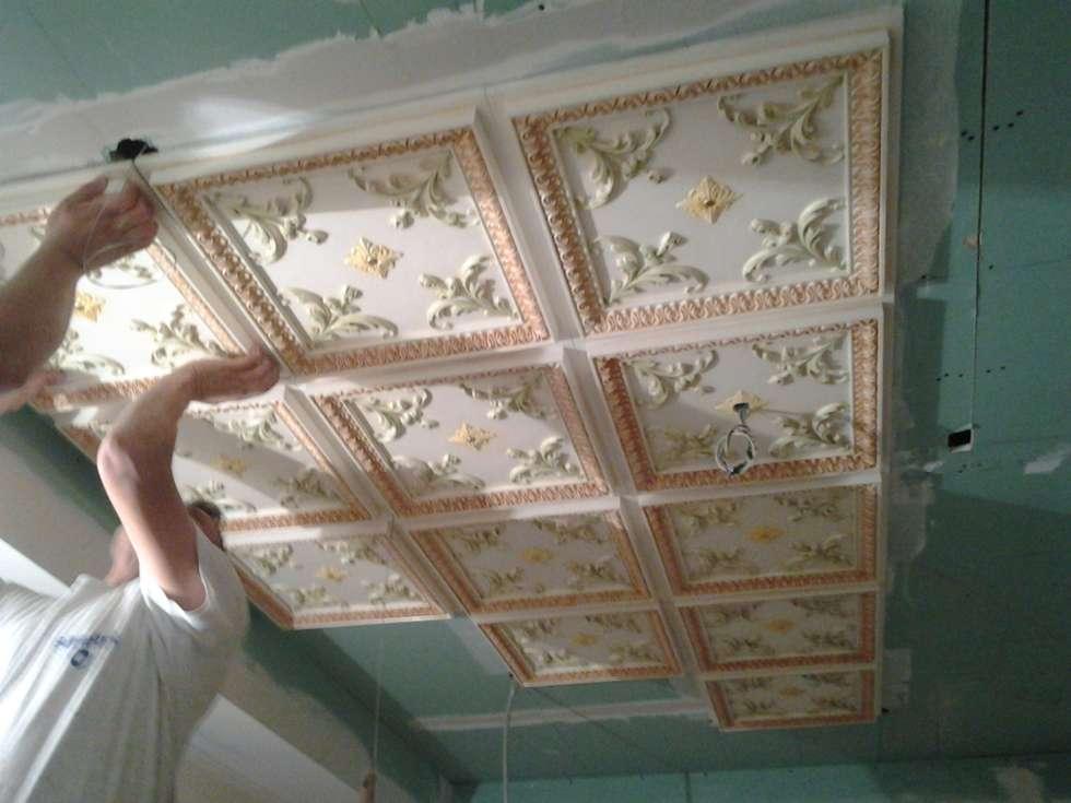Soffitto a cassettoni in gesso decorato pareti pavimenti in
