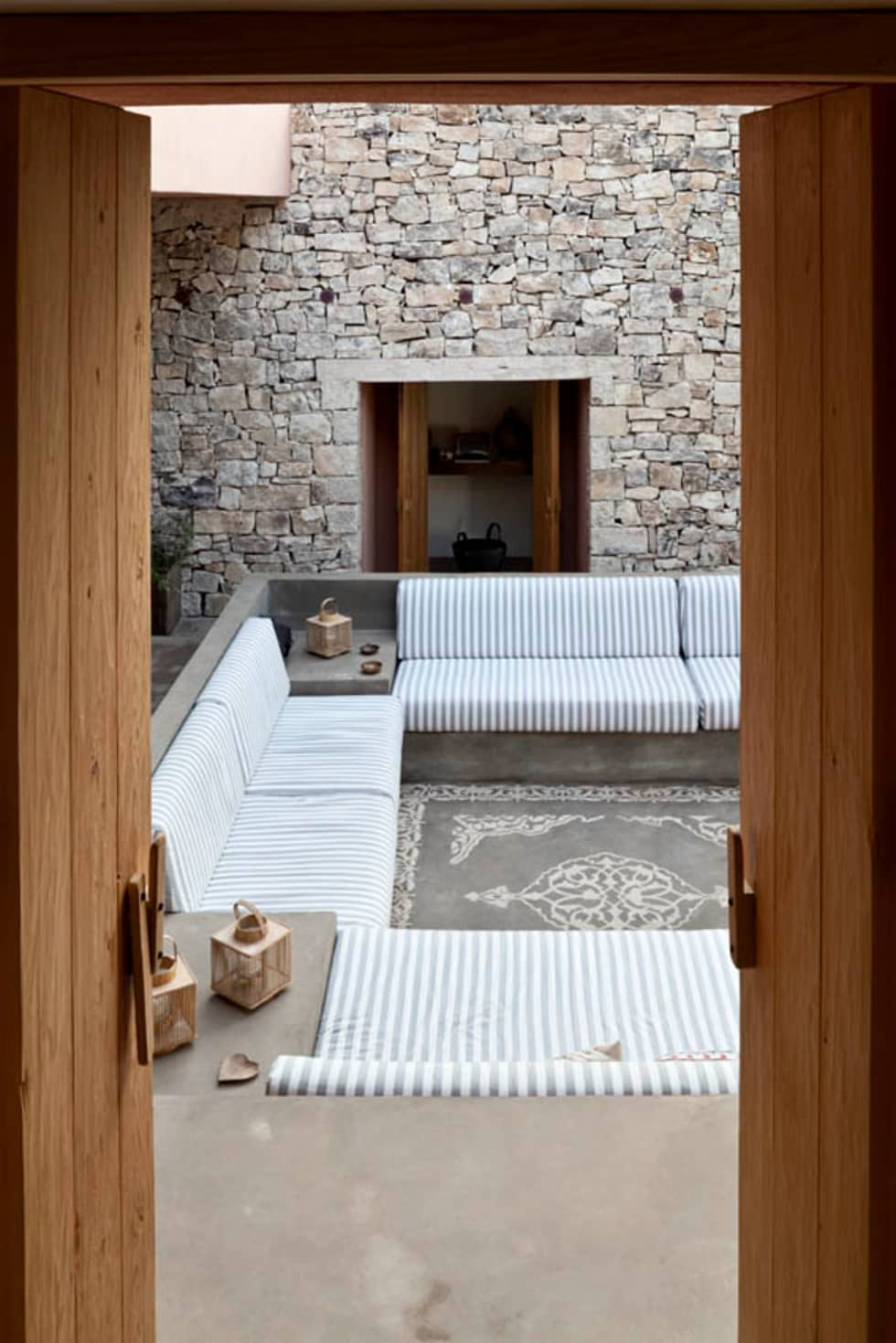Finiture terrazza: Terrazza in stile  di Personal Factory