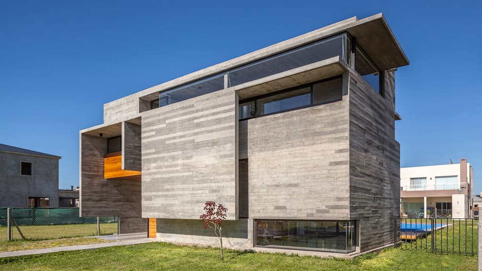 Casa Berazategui: Casas de estilo moderno por Besonías Almeida arquitectos