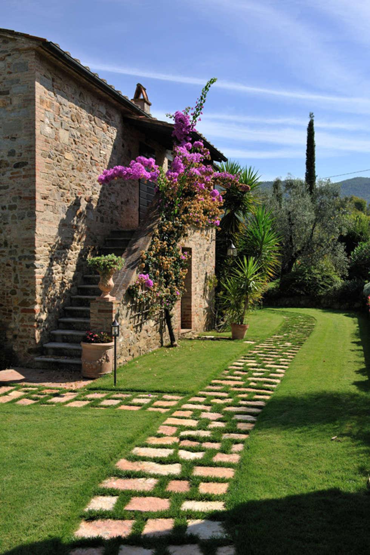 Idee arredamento casa interior design homify for Piccole case in stile toscano