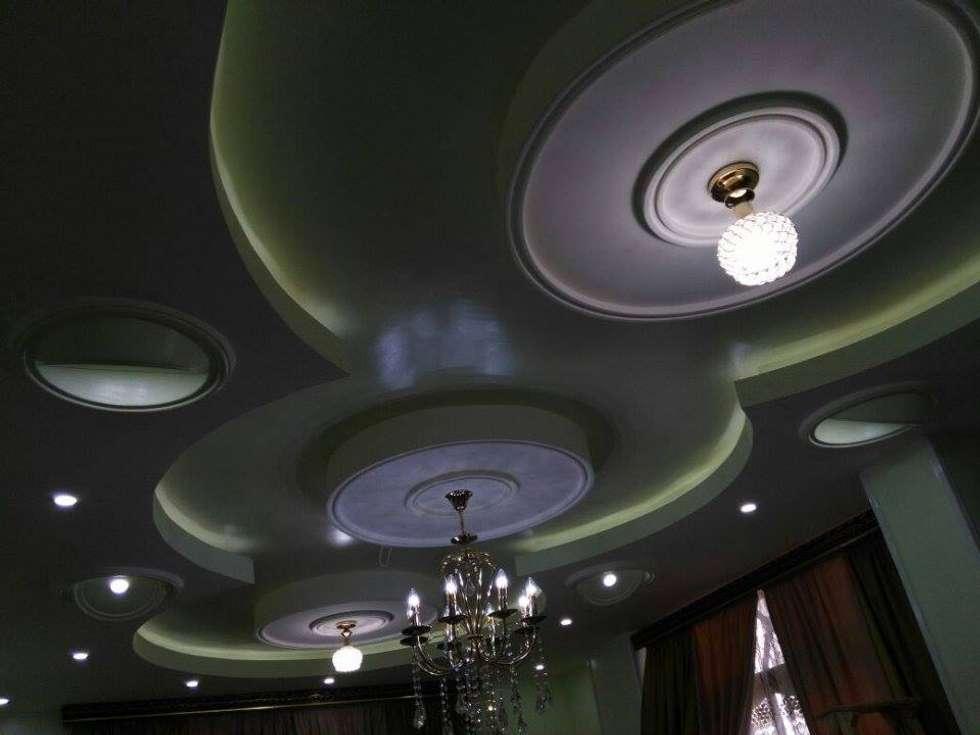 تشطيب شقة بالتجمع الخامس بالقاهرة الجديدة  مع شركة كاسل:  غرفة المعيشة تنفيذ Castle