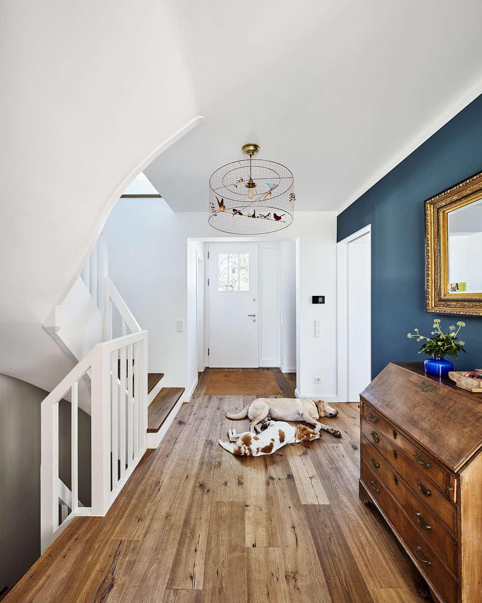 Wohnideen interior design einrichtungsideen bilder homify - Dunkelblaue wand ...