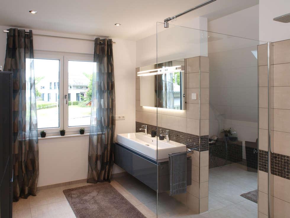 Badezimmer Einrichtungsideen Moderne Badezimmer Bilder Badezimmer Im  Musterhaus Bad