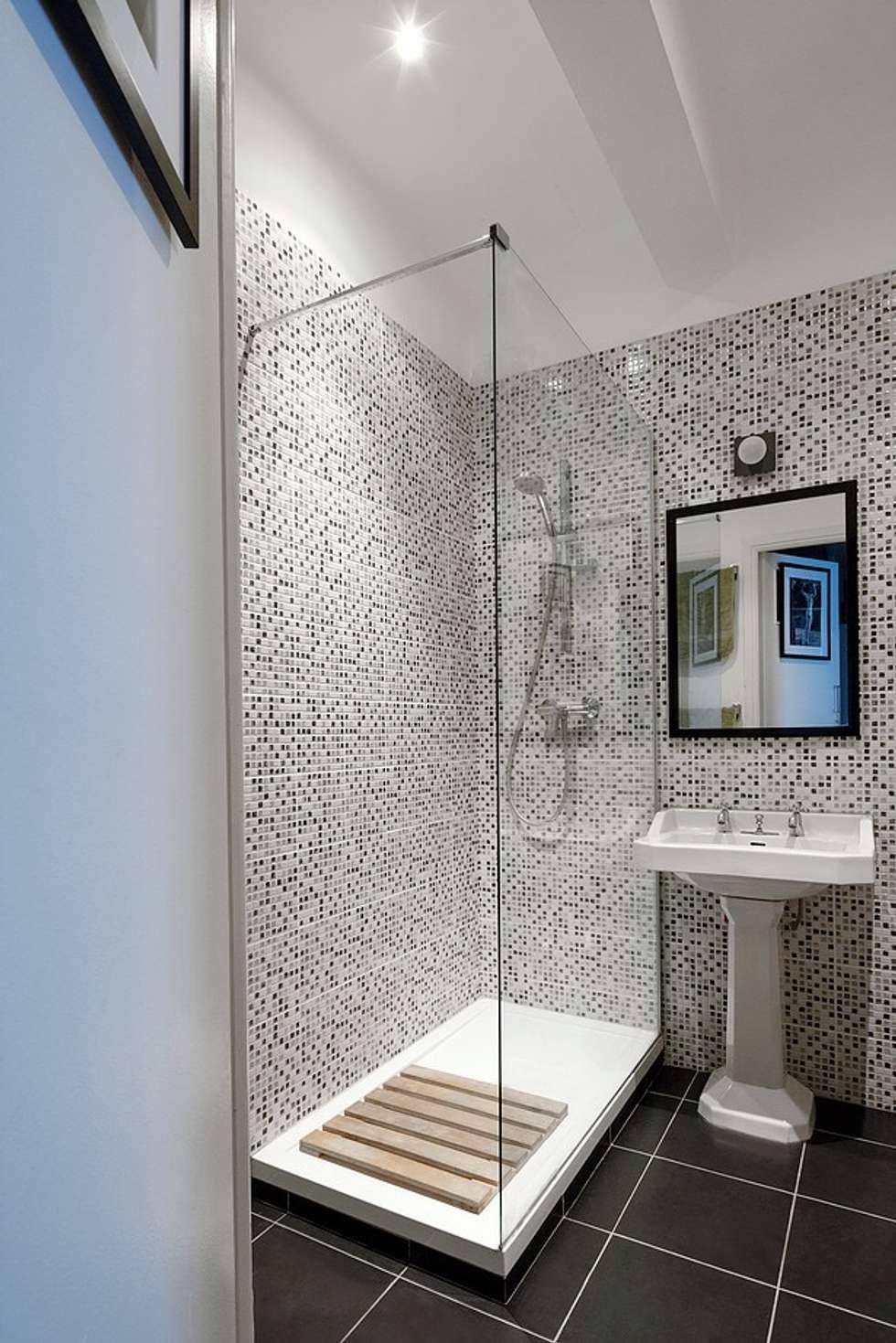 Salle de bain: Salle de bains de style  par Olivier Francheteau