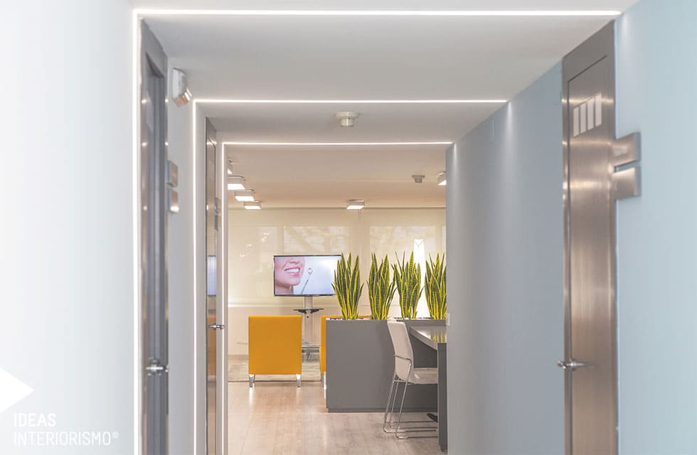 Fotos de decoraci n y dise o de interiores homify - Clinica dental gandia ...
