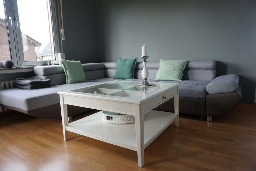 Wohnzimmergestaltung In Lippstadt   Malerische Wände: Moderne Wohnzimmer  Von Raumdesign Tommaso   Malerei