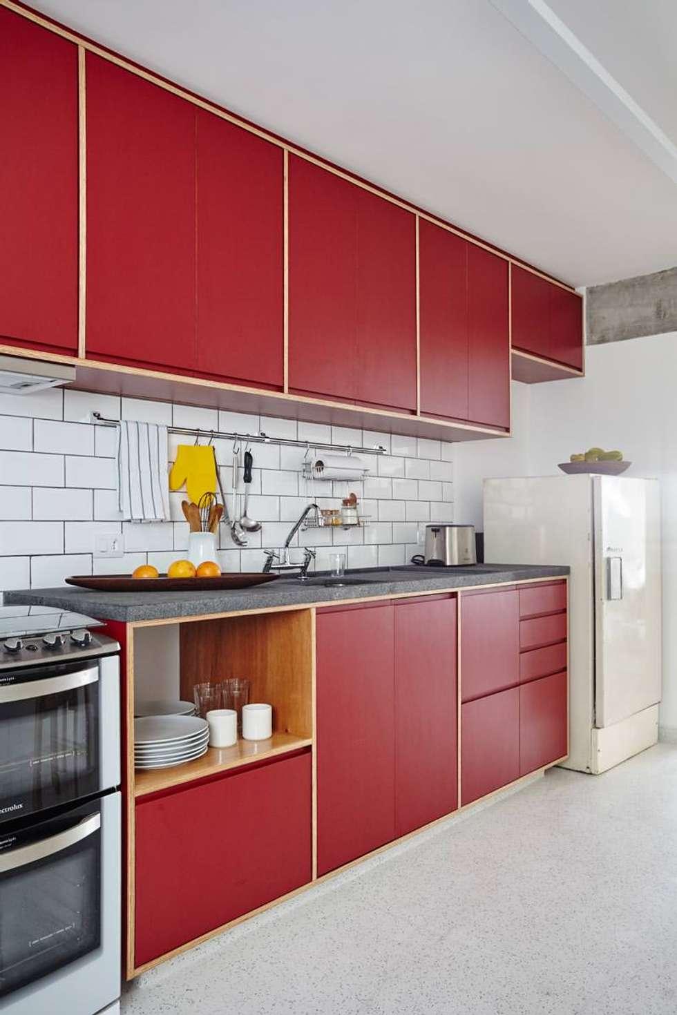 Projekty,  Kuchnia zaprojektowane przez INÁ Arquitetura