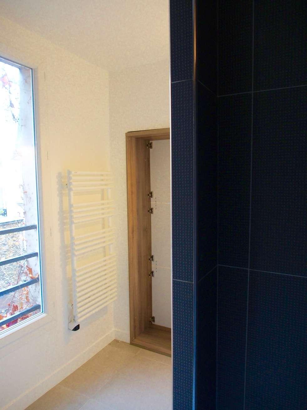 Salle de bain/toilettes: Salle de bains de style  par deSYgn by JM2