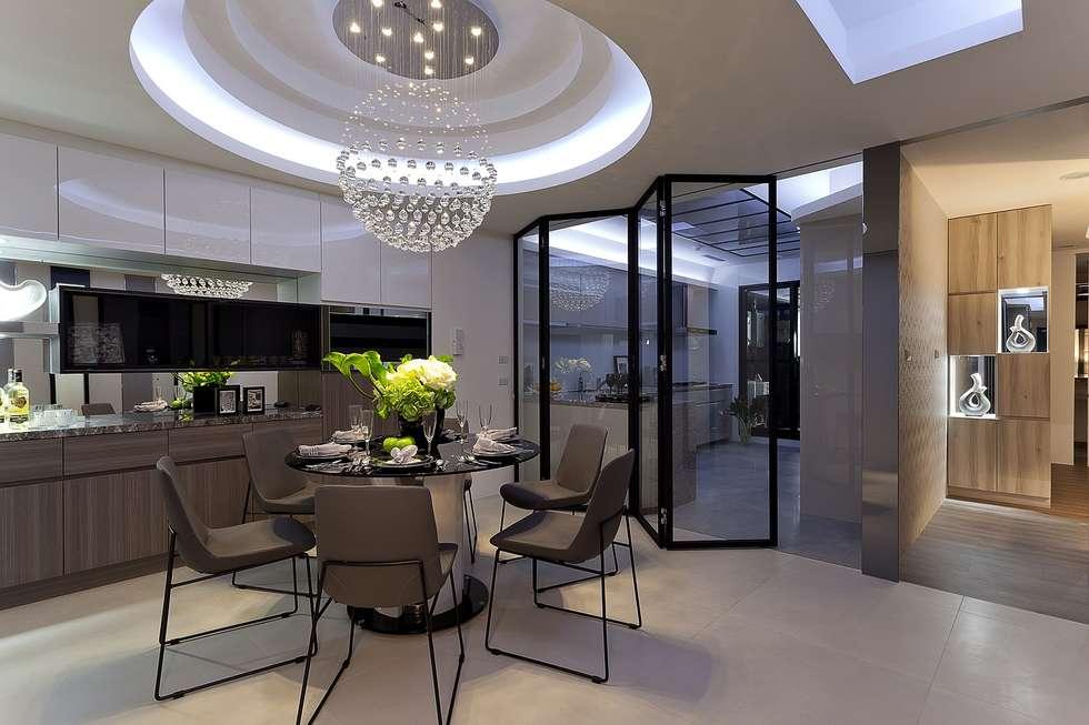 餐廳.廚房:  餐廳 by Green Leaf Interior青葉室內設計