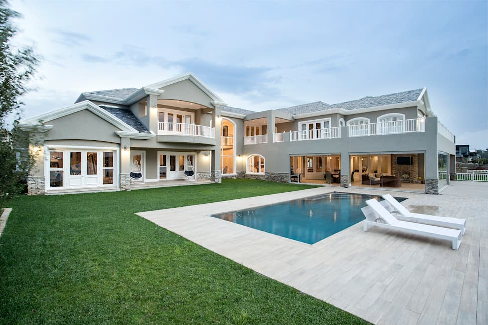 Modern Colonial Houses By FRANCOIS MARAIS ARCHITECTS