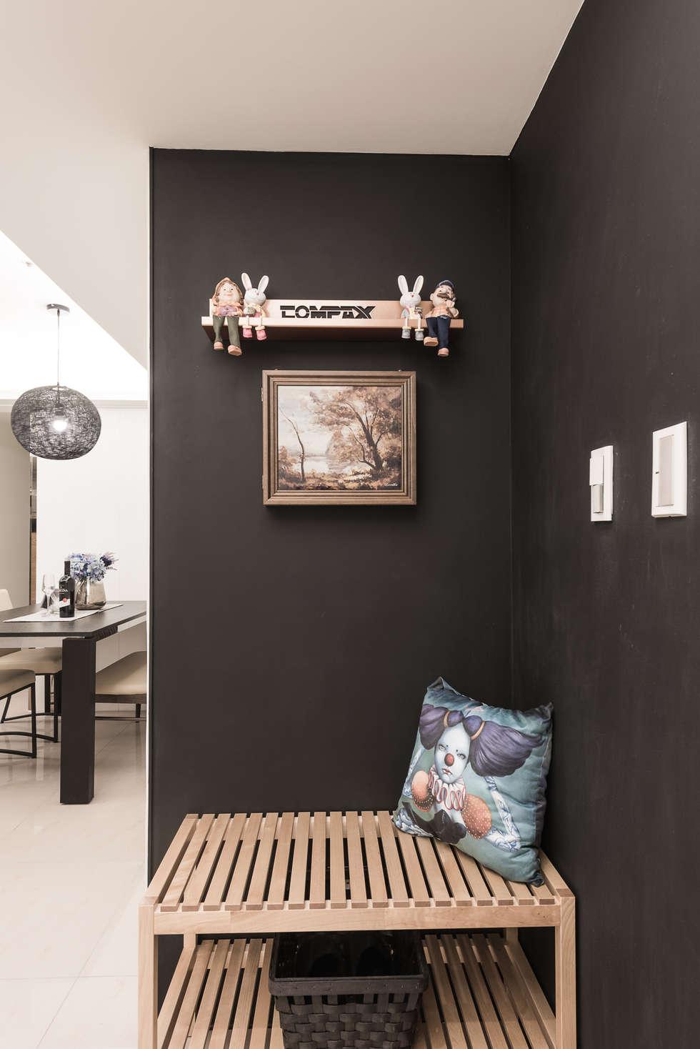 黑板牆:  走廊 & 玄關 by 你你空間設計