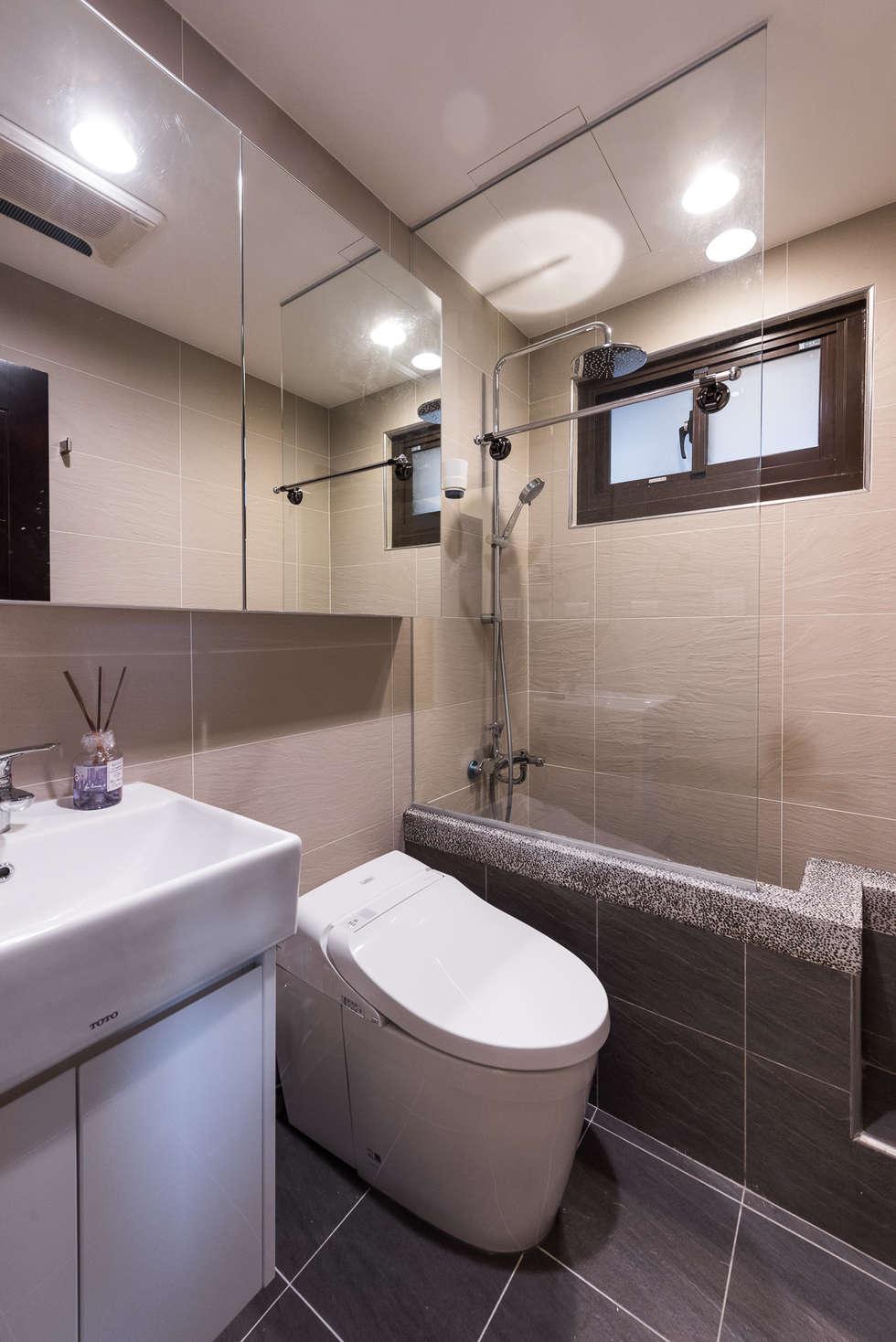 衛浴空間:  浴室 by 你你空間設計