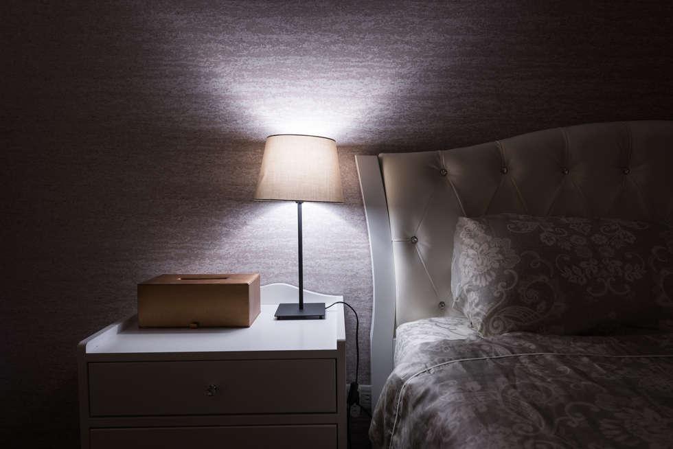 閱讀夜燈:  臥室 by 你你空間設計