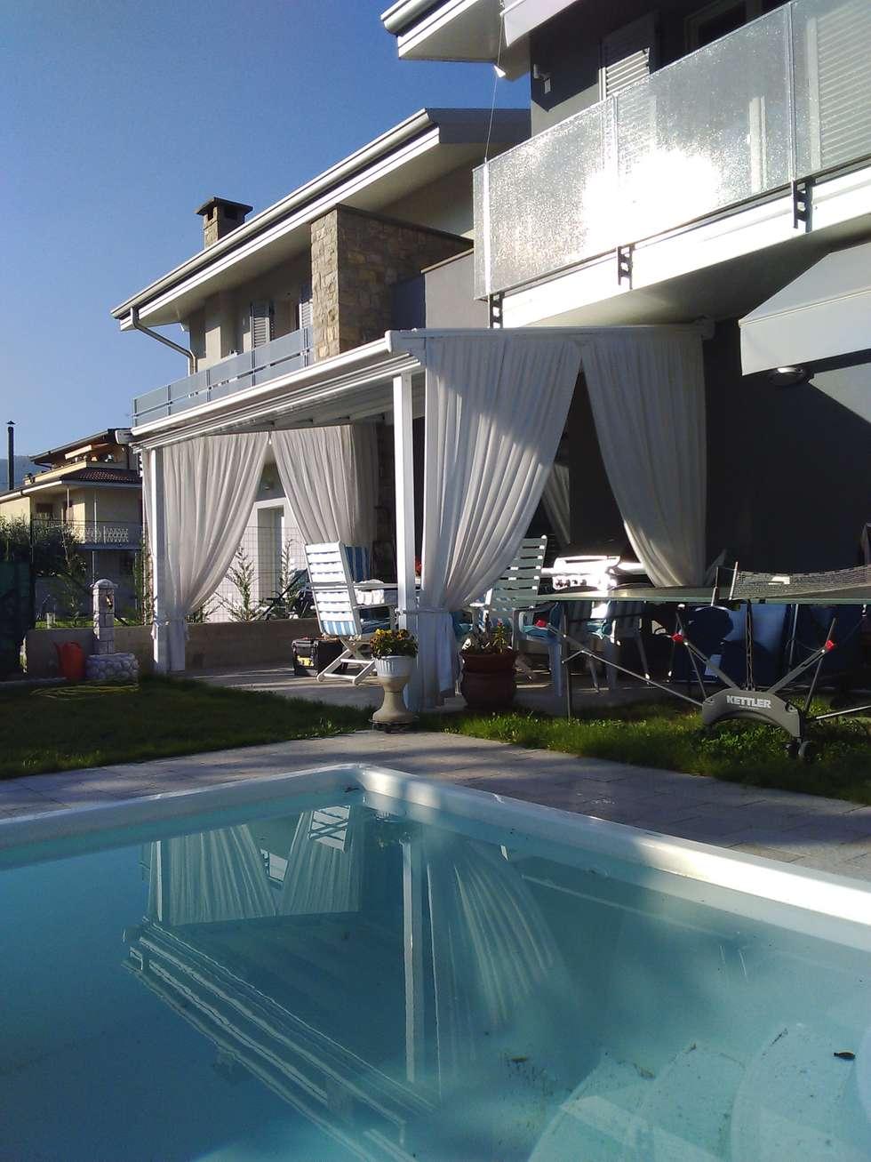 Pergola: Giardino in stile in stile Moderno di zinesi design