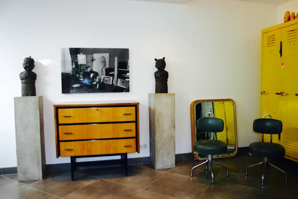Check shops : eclectic Living room by Joseph Bawar