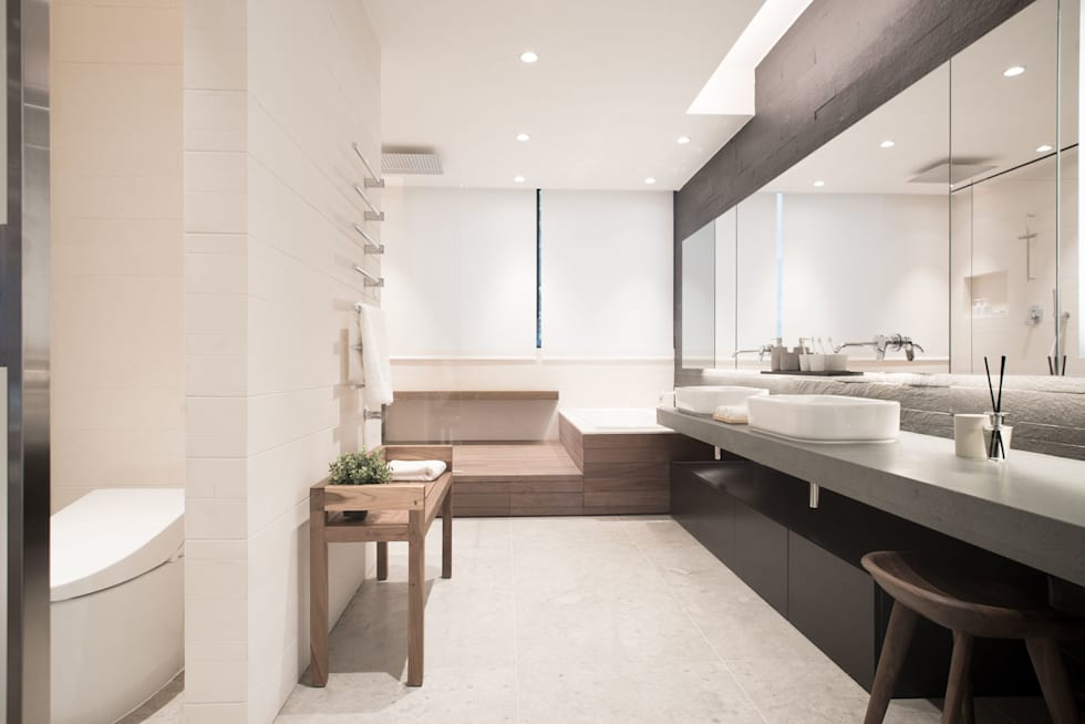 A Bathroom to Relax: modern Bathroom by Sensearchitects Limited