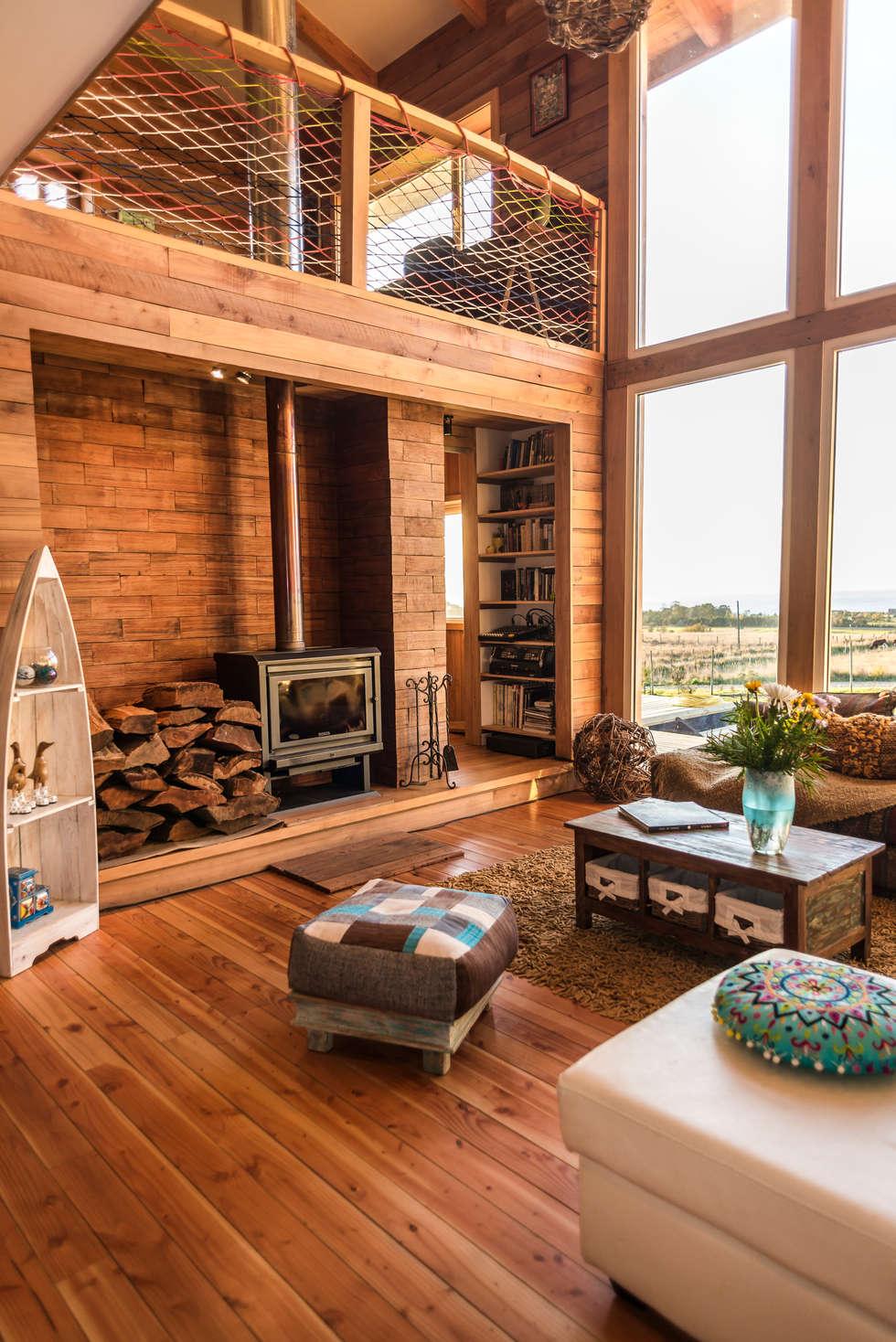 interiores en madera paredes y pisos de estilo rstico por almazan y construccin