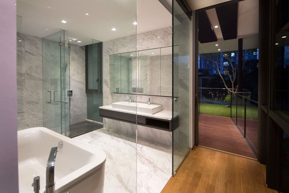 Paterson 3: modern Bathroom by AR43 Architects Pte Ltd