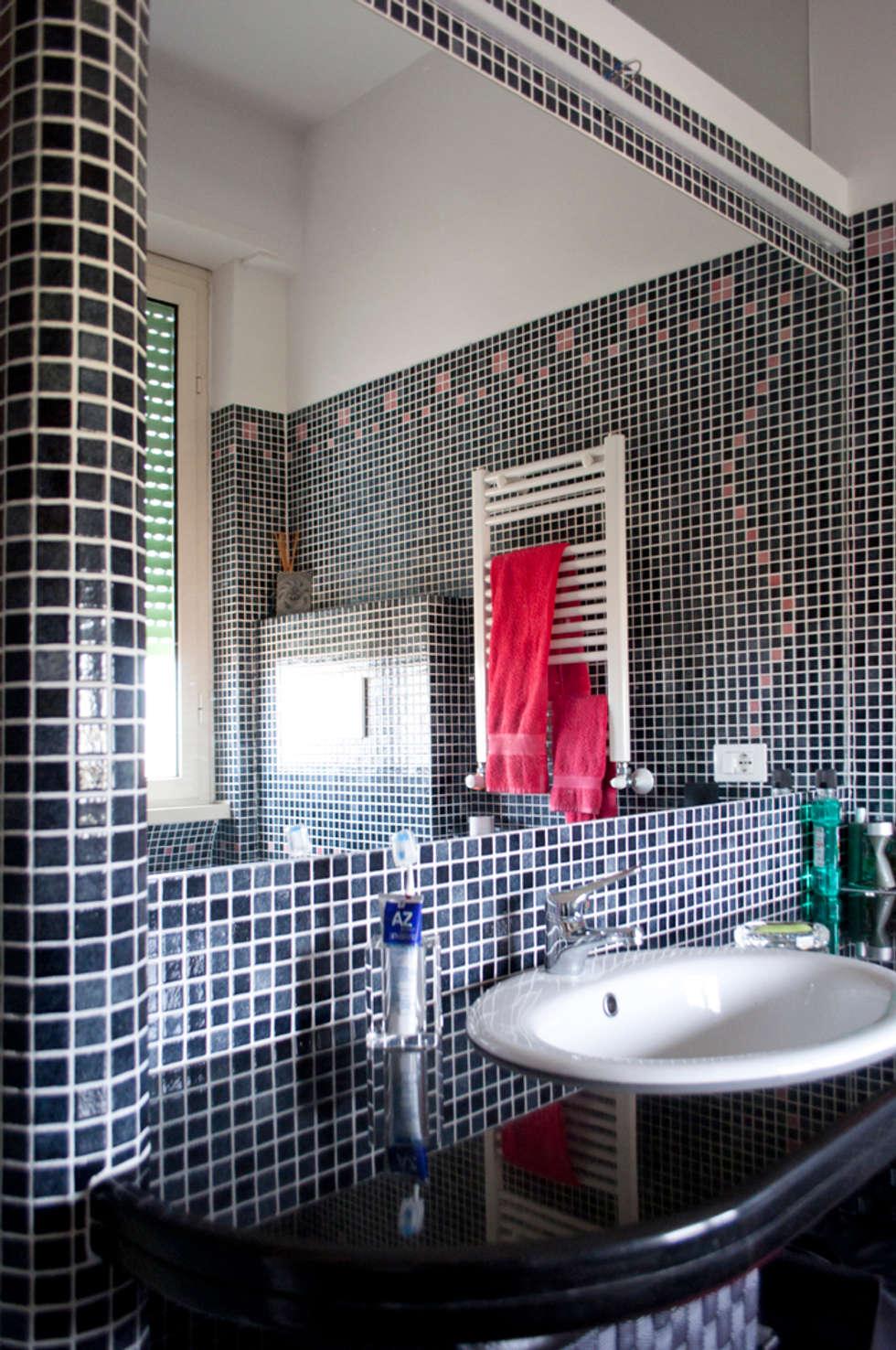 bagno camera: Bagno in stile in stile Minimalista di Claudio Renato Fantone Architetto - laboratorio di architettura olistica