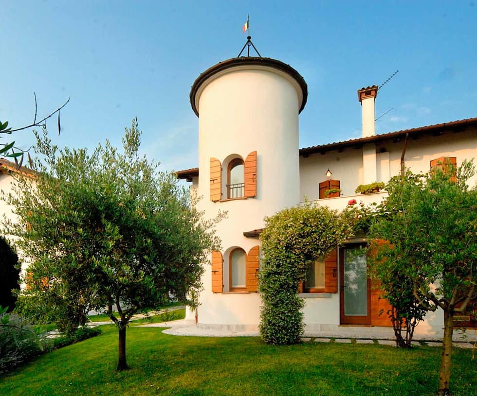 บ้านและที่อยู่อาศัย by STUDIO CERON & CERON