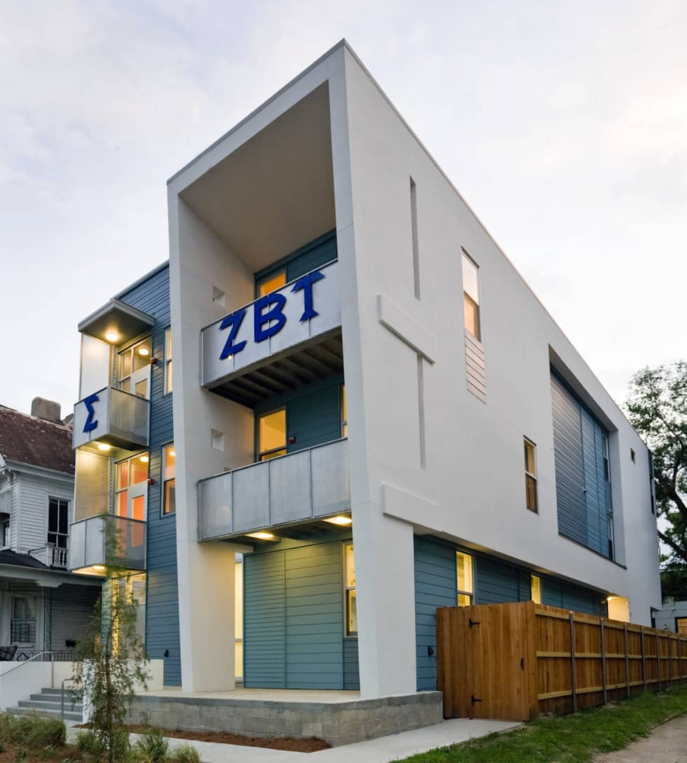 Zeta Beta Tau  Fraternity House Reconstruction: modern Houses by studioWTA