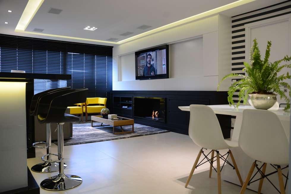 #474315 Fotos de decoração design de interiores e reformashomify 980x653 píxeis em Bar Para Sala De Estar Moderno Com Rodas