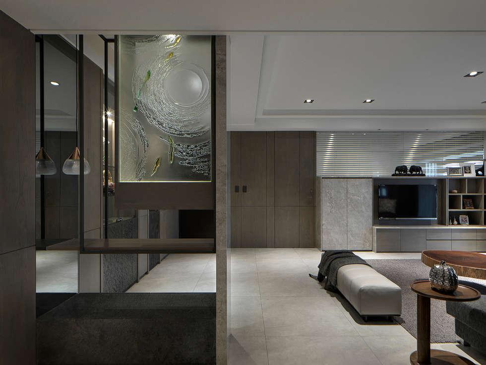 關於家的體感溫度:  客廳 by 大荷室內裝修設計工程有限公司