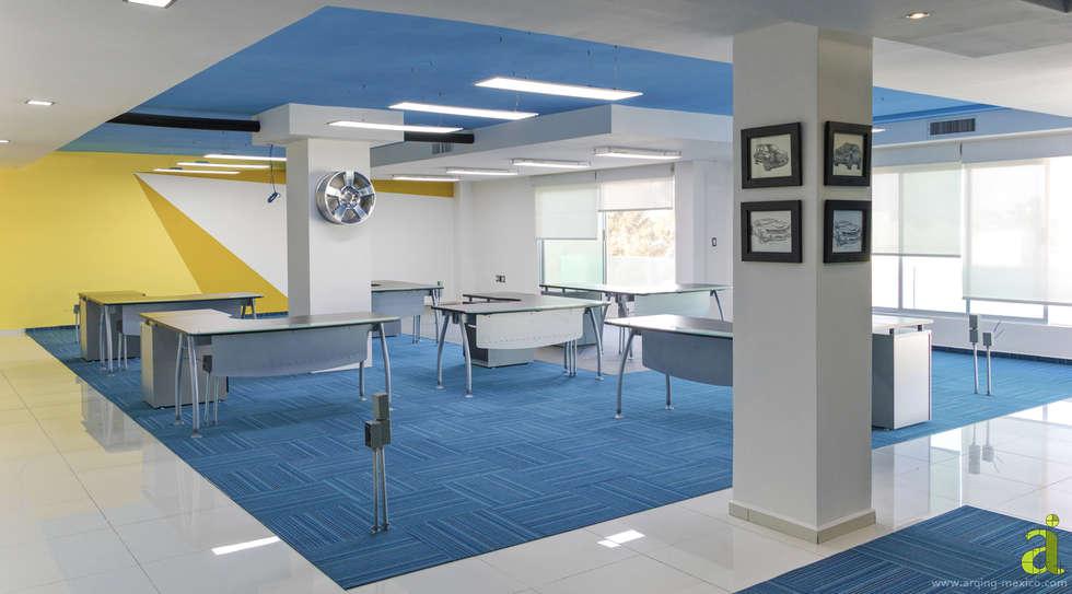 Área Abierta: Oficinas y tiendas de estilo  por arQing