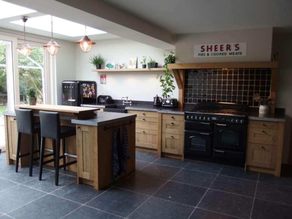 Foto's van een landelijke keuken: landelijke eiken houten keuken ...