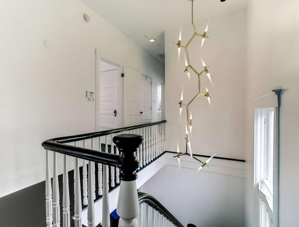 Nashville Avenue Residence, New Orleans:  Corridor & hallway by studioWTA