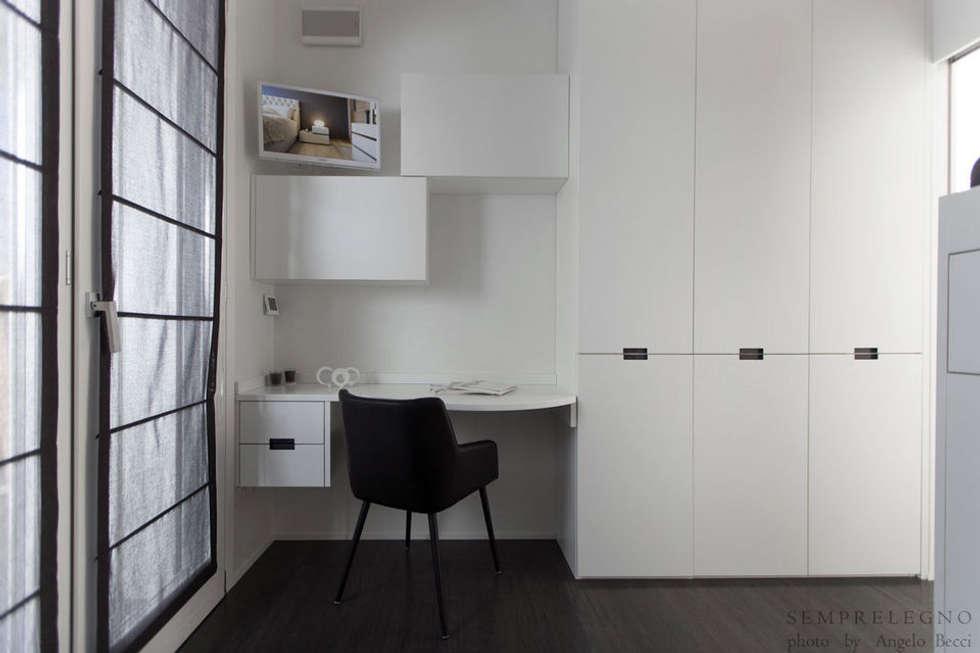 foto di camera da letto in stile in stile minimalista : camera ... - Camera Da Letto Su Misura