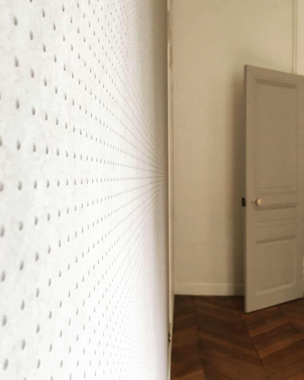 Détail papier peint: Chambre de style de style Classique par Agence KP