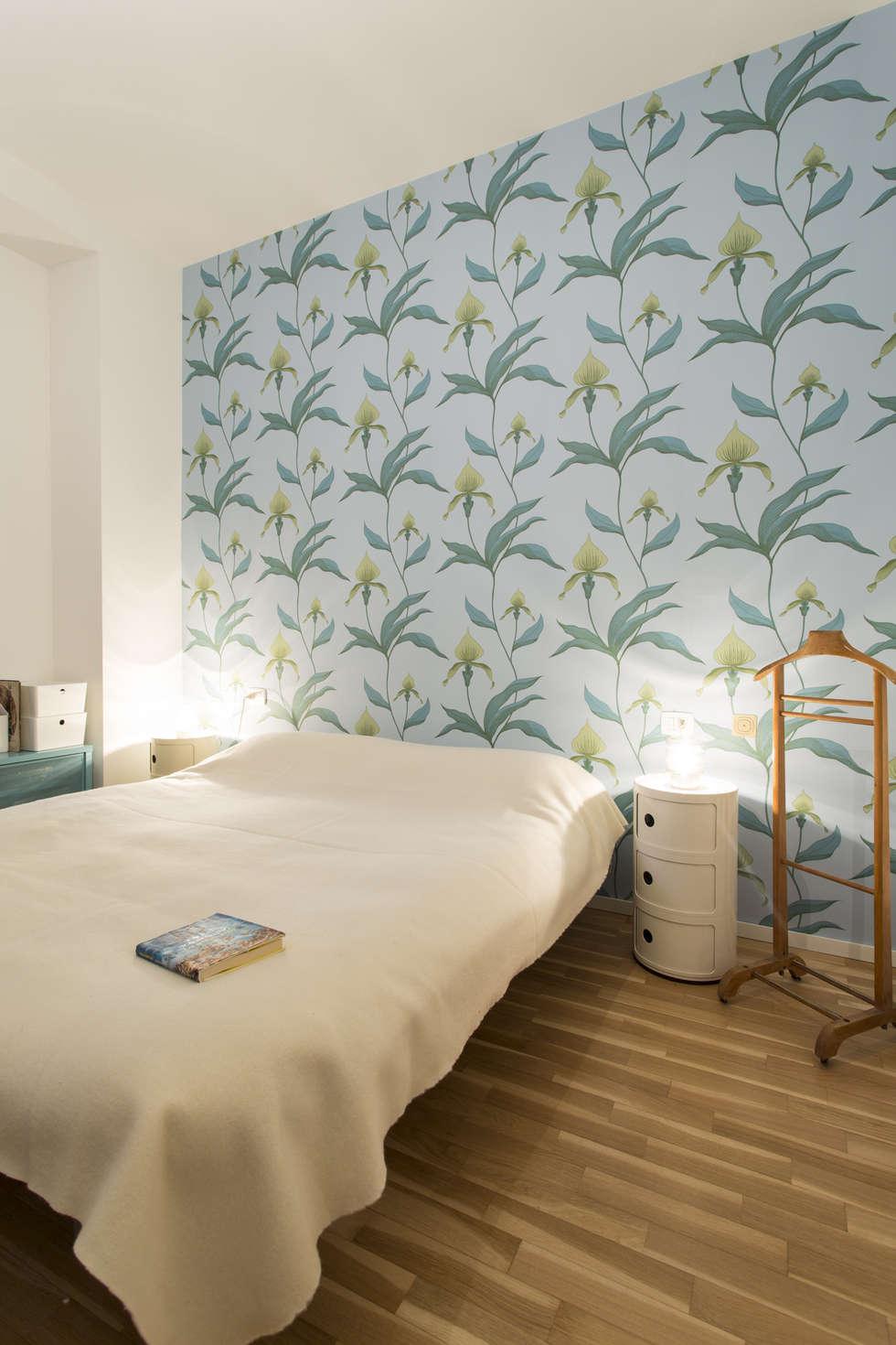Camera da letto con carta da parati cole&son, orchid: camera da ...