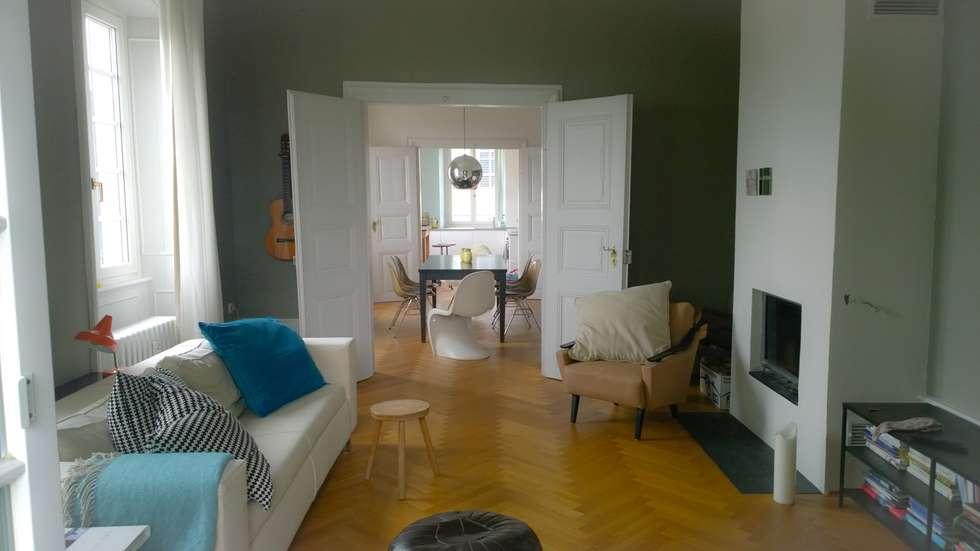 Wohnung In Barocker Villa: Moderne Wohnzimmer Von Innen_architekten BALS +  WIRTH