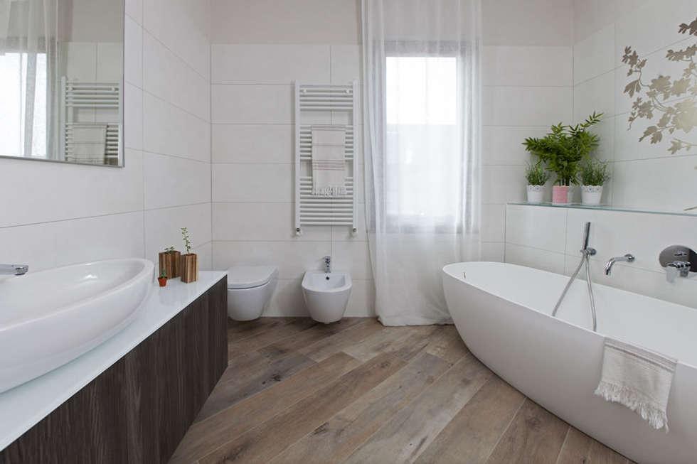 Mobili Su Misura Bagno : Mobili moderni fatti su misura per bagno di design: bagno in stile